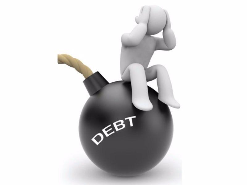 Sono piena di debiti aiutatemi
